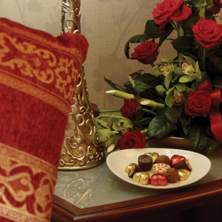 Romantic breaks additional chocolate products in the romantic suite